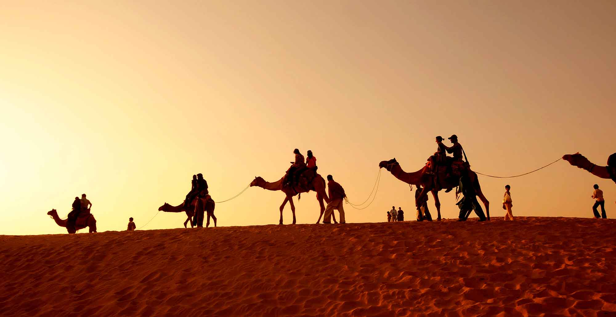 Tent for tourists with sitting accommodation at the Thar ...